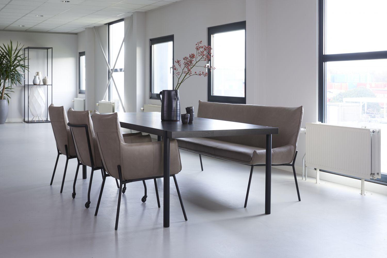 Design Stoelen Nederland.H E Design B V